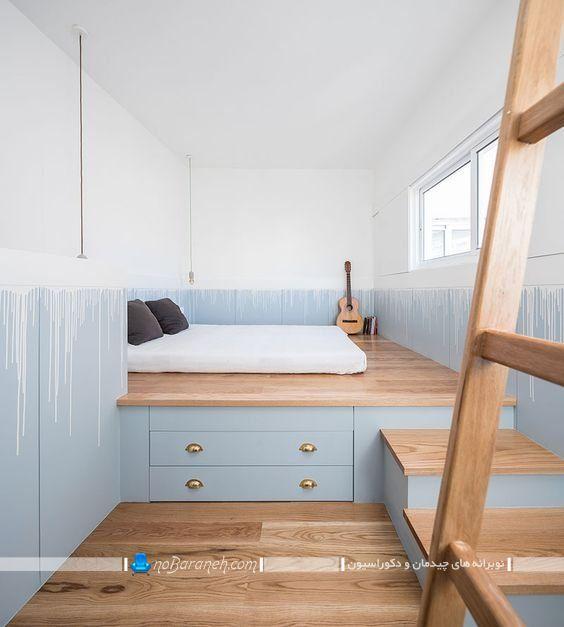 اتاق خواب نیمه دوبلکس با دکور چوبی. کشو کاری کف اتاق خواب دوبلکس. دکوراسیون چوبی و ارزان اتاق خواب کوچک.