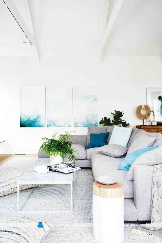 تابلو سفید و آبی برای دیزاین پذیرایی