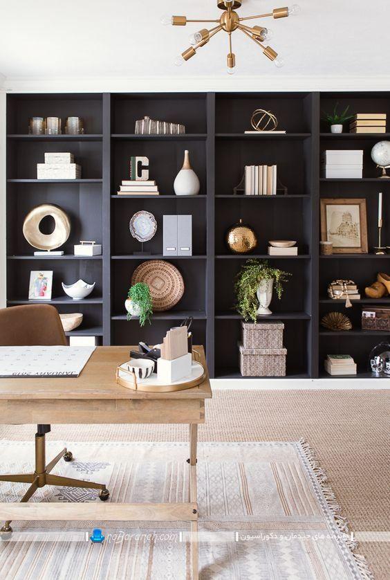 مدل های جدید باکس چوبی بزرگ برای تزیین اتاق کار اداری خانگی. تزیین فضای اطراف میز تحریر با شلف های دکوری و طاقچه های فانتزی و شیک چوبی.