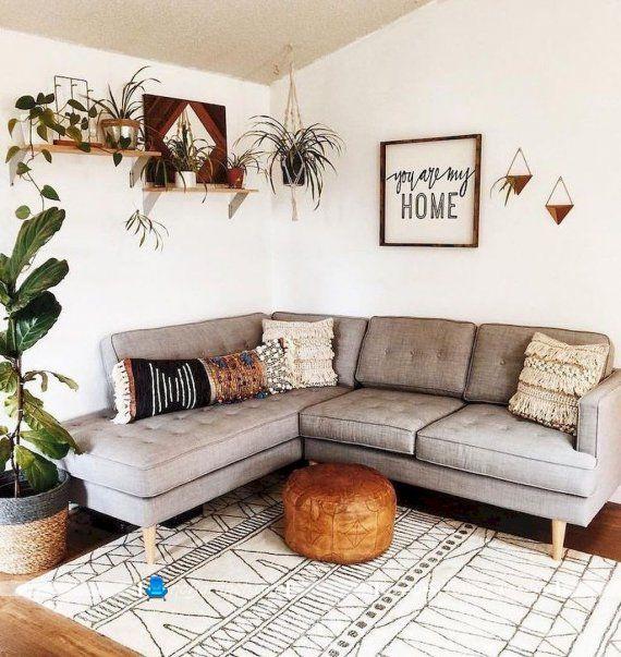 تزیین و دکوراسیون هال و نشیمن با تابلو دیواری شیک مدرن ارزان قیمت، ایده های تزیینی ارزان و زیبا برای اتاق پذیرایی و نشیمن منزل.
