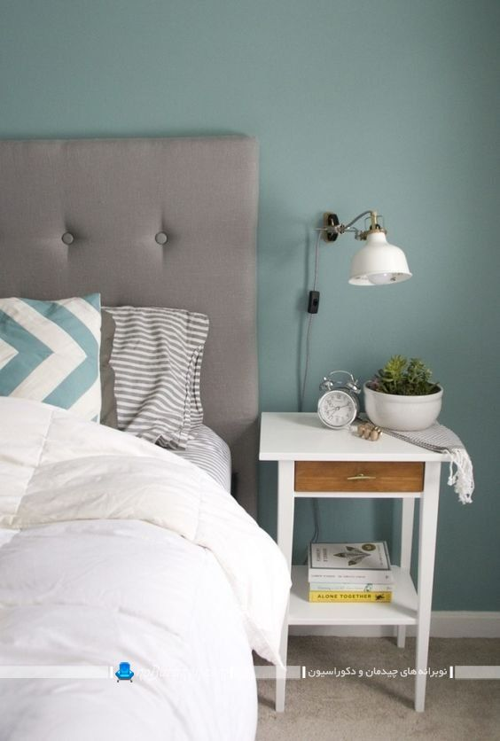 میز کنار تخت کوچک سفید رنگ مدرن شیک فانتزی ساده در مدل های متنوع. طرح های تزیین و دیزاین میز کنار تخت. مدل های شیک مدرن میز کنار تختی