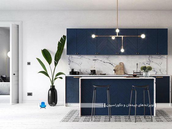 کابینت سرمه ای مدرن و شیک ، دکوراسیون آشپزخانه با رنگ های سرمه ای و سفید ، مدل های جدید کابینت شیک و مدرن