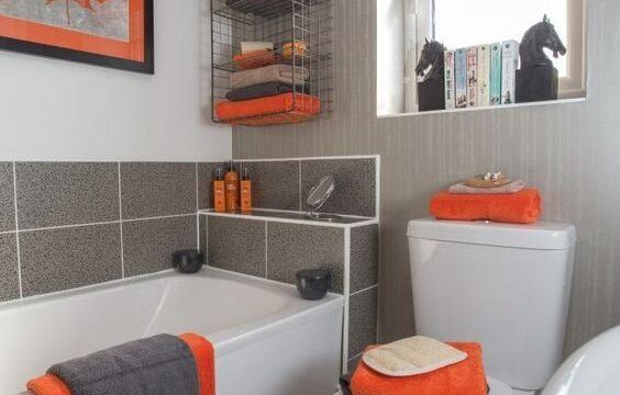 دیزاین دکوراسیون حمام توالت رنگ نارنجی