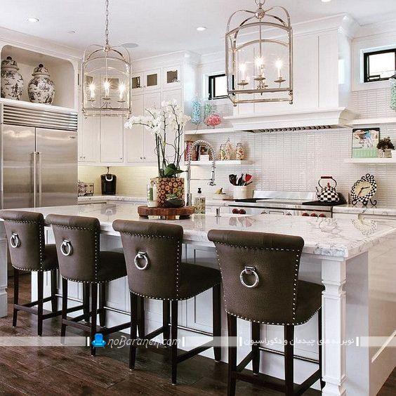 صندلی اپن کلاسیک سلطنتی شیک رویه چرمی با رنگ قهوه ای سیر برای آشپزخانه سلطنتی به همراه عکس، مدل اپن و جزیره سنگی آشپزخانه