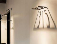شماره پلاک واحد با طراحی نورپردازی شده