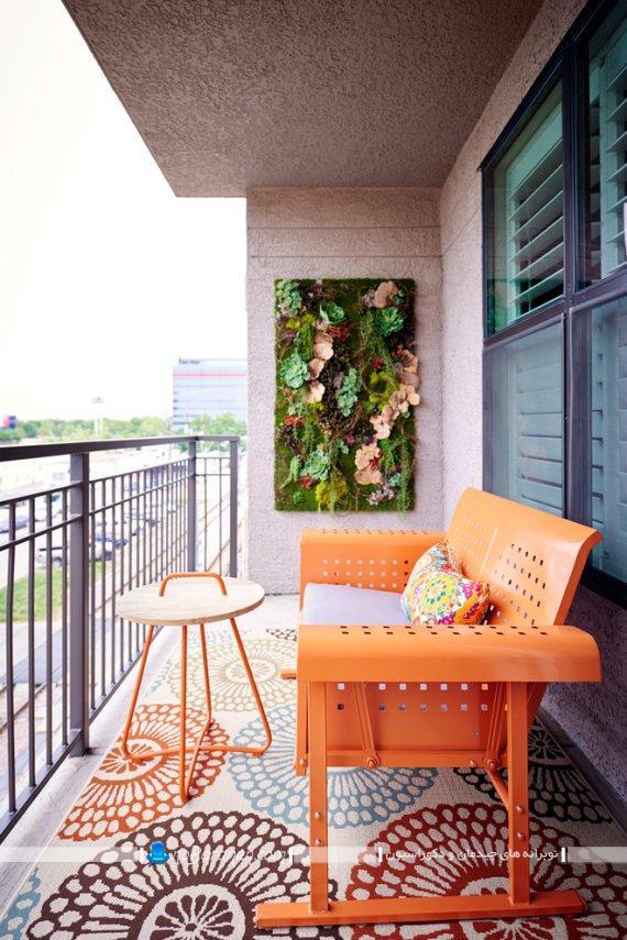 باغچه دیواری برای بالکن و ایوان ، چیدمان کاناپه مخصوص تراس با ابعاد کوچک