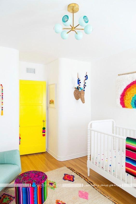 چیدمان اتاق کودک نوزاد ، مدل چراغ سقفی ارزان قیمت برای اتاق نوزاد، دکوراسیون ساده اتاق بچه نوزاد با طراحی شیک و زیبا