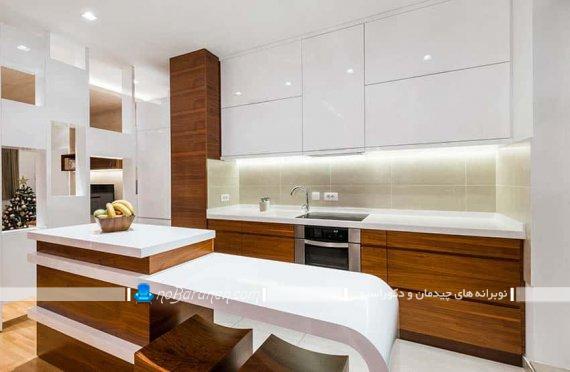 دکوراسیون آشپزخانه با کابینت سفید قهوه ای شیک مدرن طرح سال جدید
