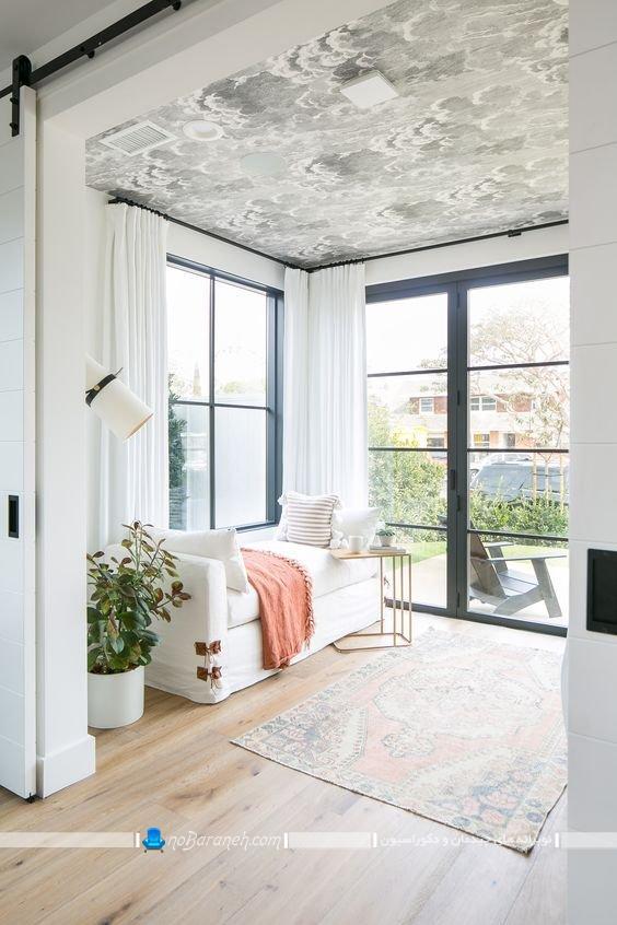 کاغذ تزیینی برای دیزاین سقف اتاق نشیمن