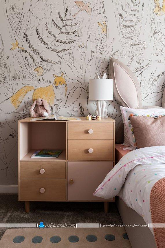 مدل کاغذ دیواری دخترانه اتاق خواب با طرح فانتزی و شیک. طرح های جدید میز پاتختی چوبی و مدرن برای اتاق خواب دختران نوجوان.