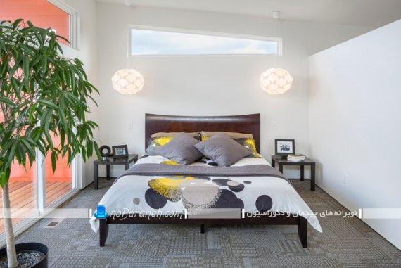 چیدمان گل و گلدان طبیعی در اتاق خواب منزل. تزیین اتاق خواب با گلدان گیاهان سبز و طبیعی.