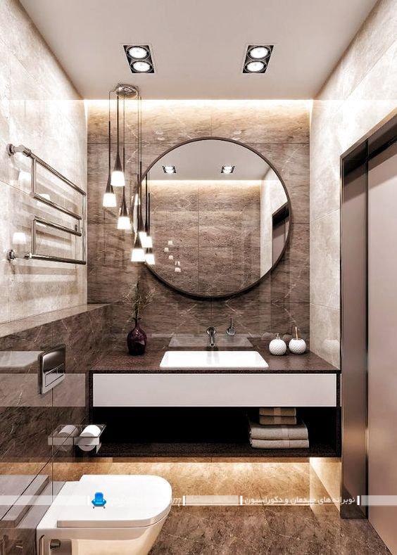 دیزاین شیک و مدرن حمام و روشویی با کاشی و سرامیک آنتیک قهوه ای رنگ
