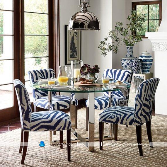 صندلی چوبی ناهارخوری با رومبلی آبی رنگ مدرن شیک فانتزی با عکس و نمونه مدل. مدل صندلی مناسب میز ناهارخوری گرد.