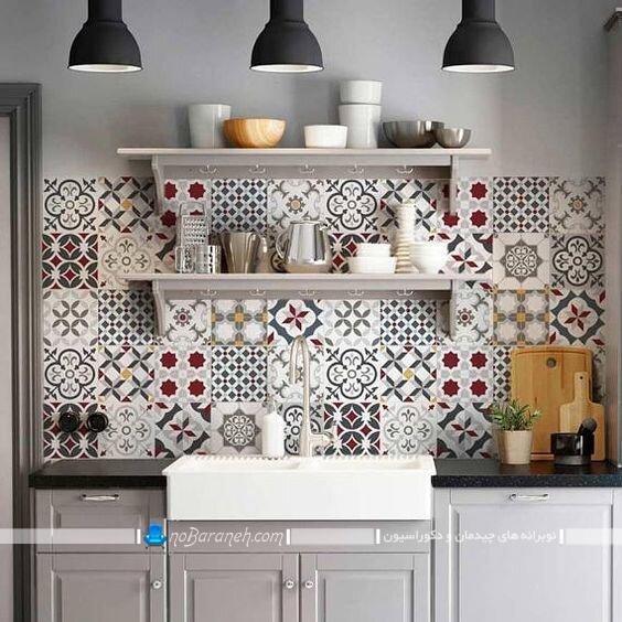 دیزاین دیوار آشپزخانه با کاشی طرح دار شیک فانتزی کلاسیک سنتی زیبا با عکس و مدل